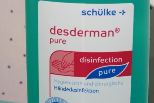 desderman® pure Händedesinfektion, 500 ml (33,90/l) 2