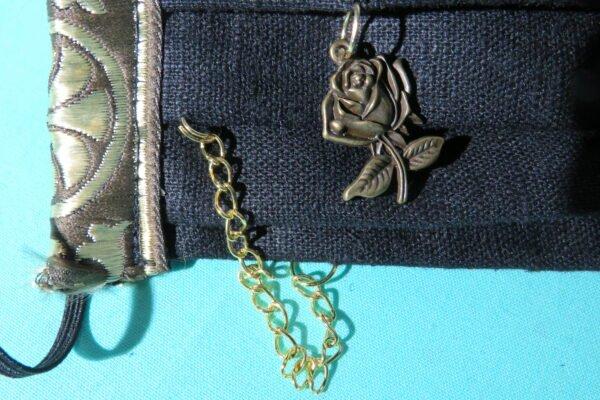 """Alltagsmaske Modell """"Liberty Goldene Rose"""" 5"""