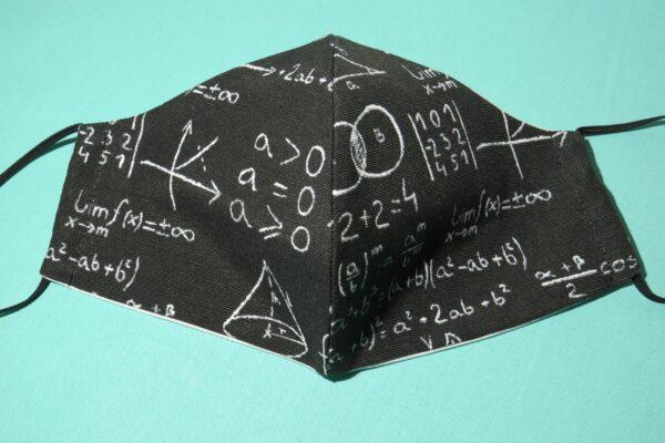 """Alltagsmaske Modell """"Skyline Mathematik"""" 2"""