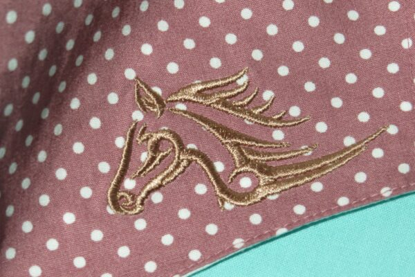"Alltagsmaske Modell ""Skyline braunes Pferd"" 3"
