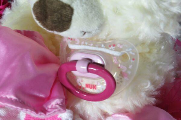 """Windeltorte Cupcake """" Pinky"""" mit Schlafteddy rosa 32-teilig 5"""