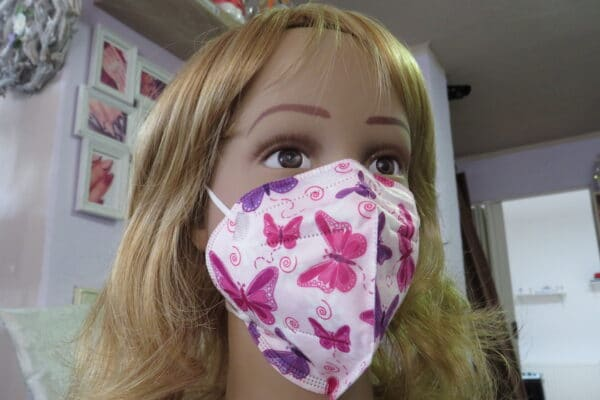 1x KN95 KINDER Maske, Design: pink/lila Schmetterling, 5-Lagig 1