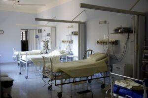 hospital, bed, doctor-1802680.jpg